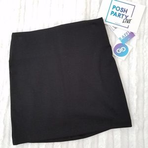 🆕️BCBGeneration black knit mini skirt ~ NWT